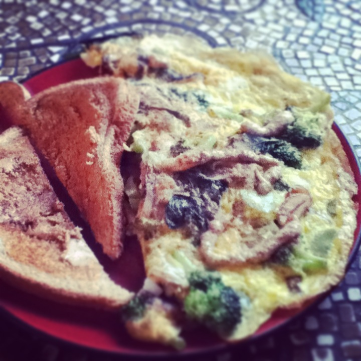 Broccoli Omelette and Toast