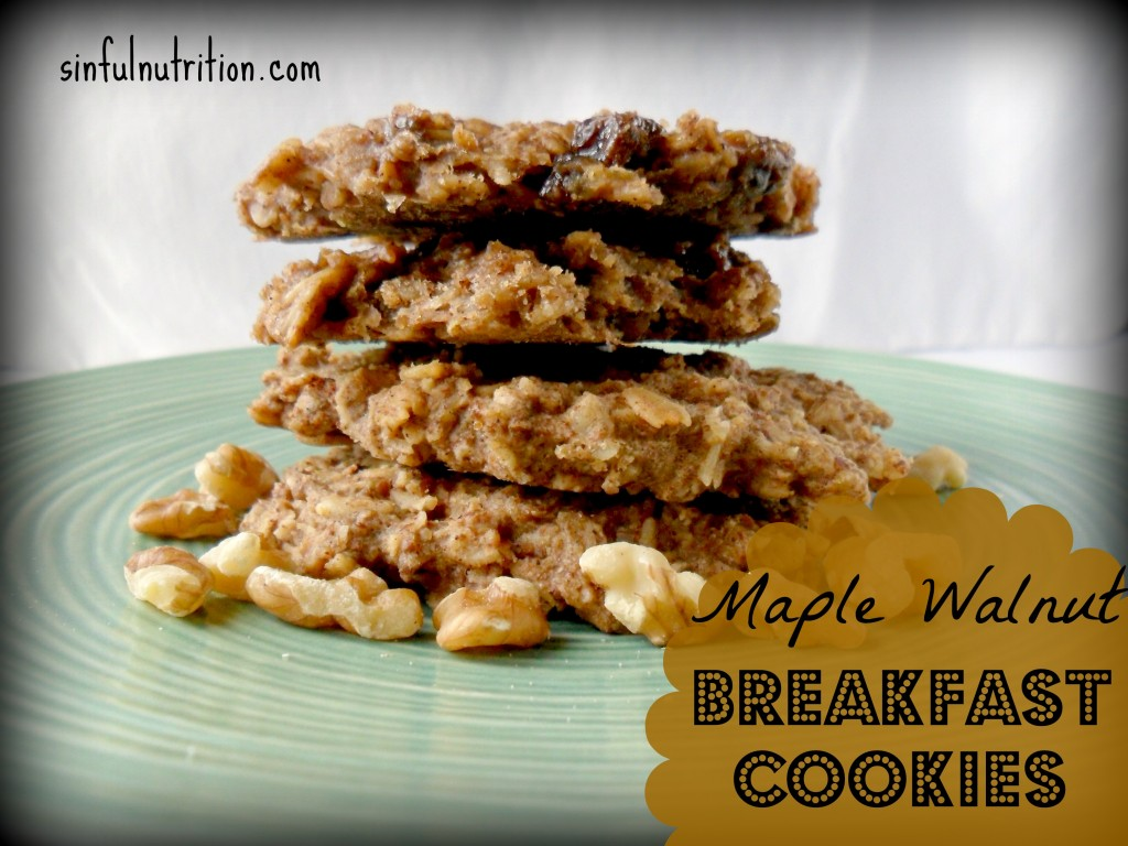 Maple Walnut Breakfast Cookies -- Only 5 ingredients and under 200 calories. No added sugar, flour or oils! #vegan #glutenfree