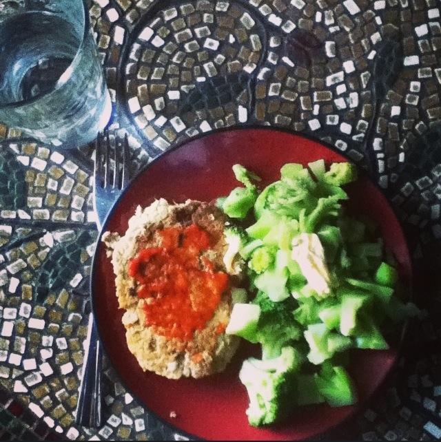 Salmon Pattie with broccoli
