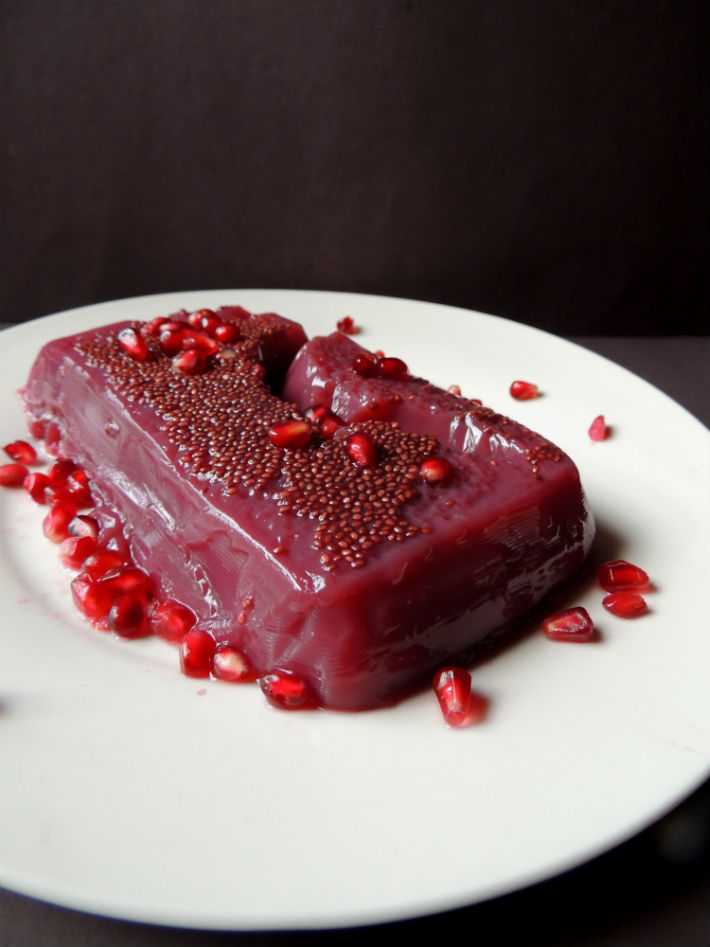 Chia Seed Pomegranate Sauce Recipe -- A naturally sweetened and low sugar alternative to classic cranberry sauce made with pomegranate juice and chia seeds.