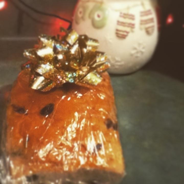 cinnamon raisin bread.jpg