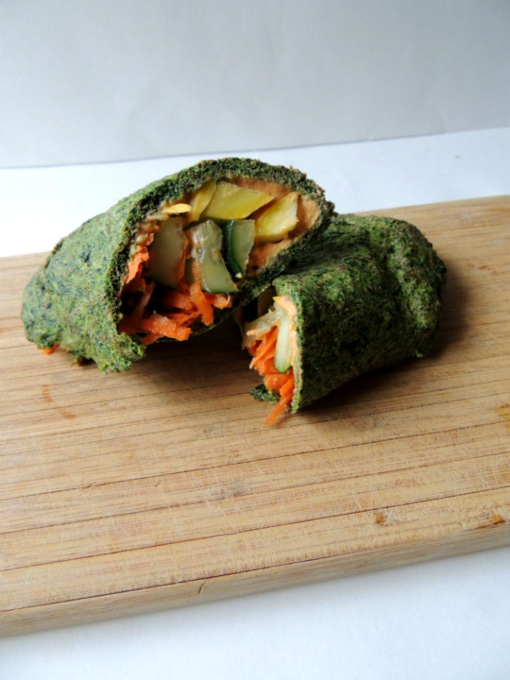 Low-Carb Spinach Wrap {Paleo}
