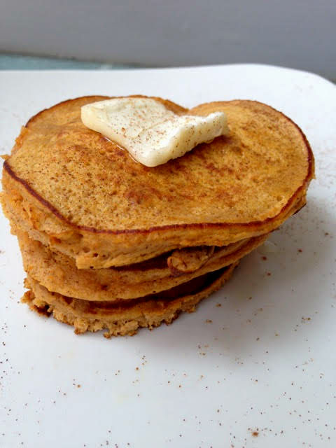 These sweet potato pancakes require just two simple ingredients, making them a quick & easy paleo and gluten-free breakfast. | #sinfulnutrition | @sinfulnutrition | #breakfast | #pancakes | #glutenfree | #paleo | #vgetarian | #brunch | #nosugar | #recipe | #healthy