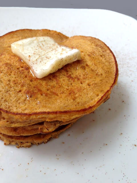 These sweet potato pancakes require just two simple ingredients, making them an quick & easy paleo and gluten-free breakfast.