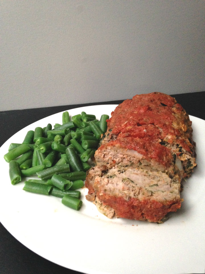 Make this Summer Vegetable Meatloaf Recipe to pack all those garden fresh veggies into one healthy dinner. #ad