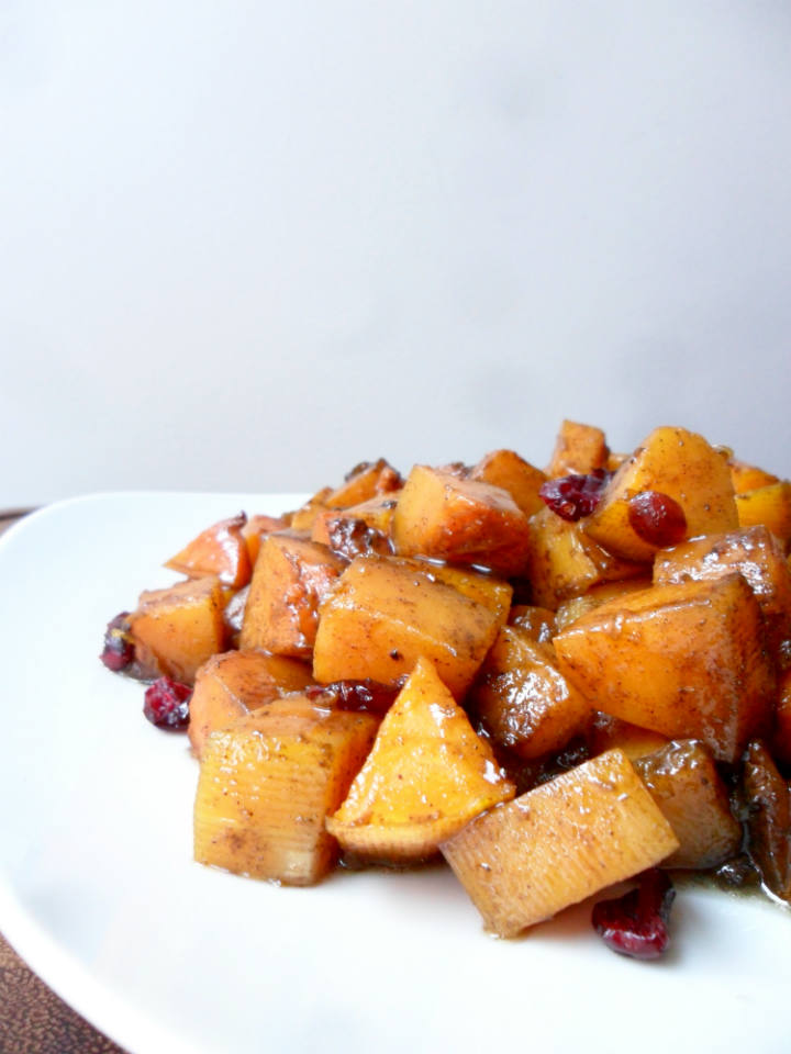 Candied Butternut Squash Recipe -- A crowd pleasing side dish for your Thanksgiving spread. Everyone always asks for seconds!