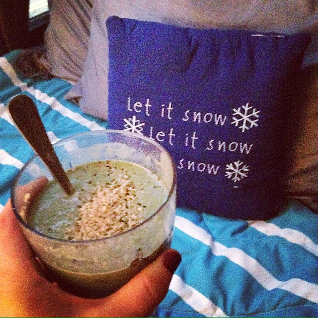 Green Smoothie with Hemp Seeds