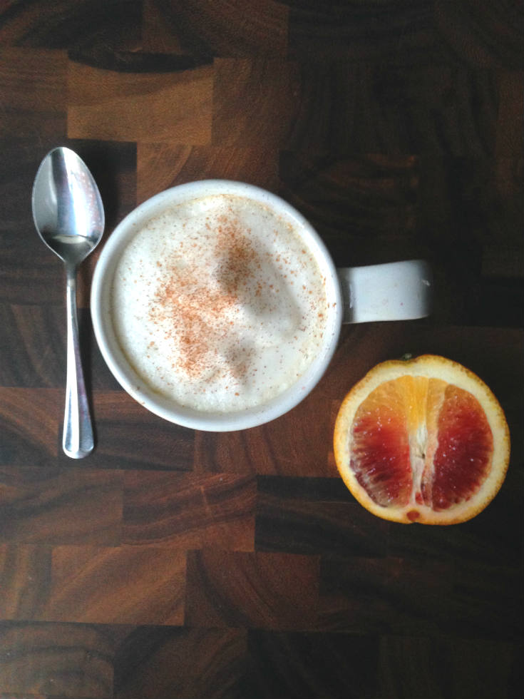 Blood Orange Chai Tea Latte Recipe - Made with chai tea, fresh blood orange juice, and vanilla for a sweet and spicy drink to warm you up this winter!
