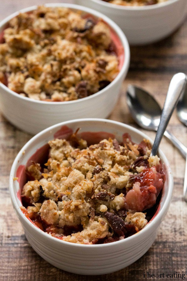 Strawberry-Rhubarb-Coconut-Crumble