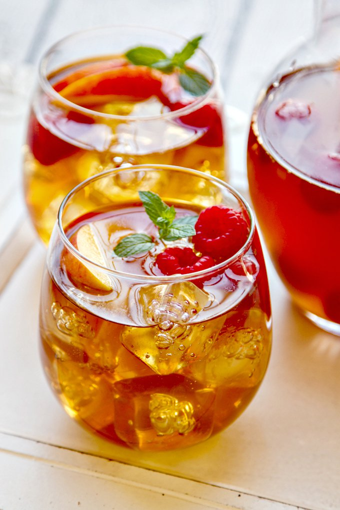 Sweet Tea Sangria- The Wiked Noodle