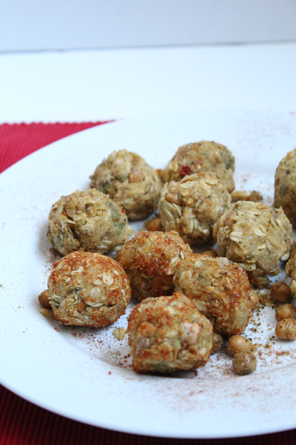 AD | Savory Hummus No-Bake Energy Bites -- A healthy snack recipe that is full of protein and fiber, and perfect for when you are craving something savory! | Vegan | Gluten-Free | @sinfulnutrition