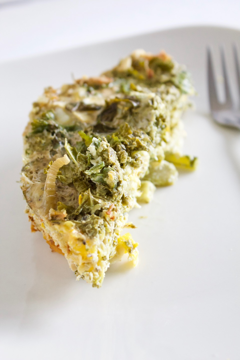 Slow Cooker Pesto Veggie Frittata + [VIDEO]