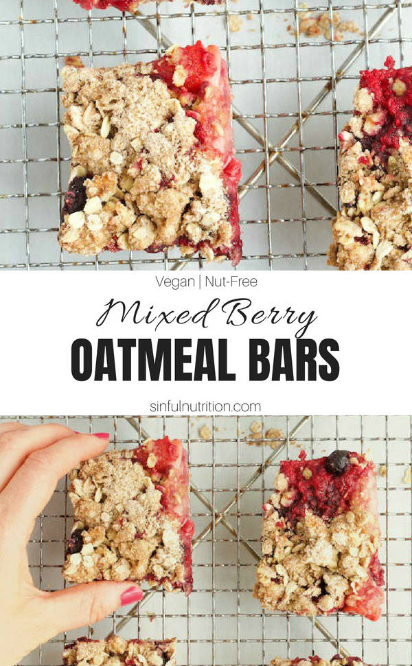 Mixed Berry Oatmeal Bars Recipe -- A healthy summer dessert made with fresh berries, whole grain oats, brown sugar, and an irresistible crumble topping. | @sinfulnutrition | #sinfulnutrition | #dessert | #summer | #vegan | #vegetarian | #nutfree | #dairyfree | #summerdessert | #healthydessert