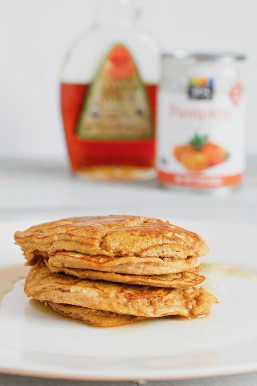 This 2 ingredient pumpkin pancake recipe is super easy to make, and requires no flour, oil, or refined sugar! A super simple breakfast for the fall season! | @sinfulnutrition | #sinfulnutrition | #pumpkin | #pancakes | #glutenfreepancakes | #lowcarbpancakes | #pumpkinpancakes | #vegetarian | #flourlesspancakes | #healthypancakes