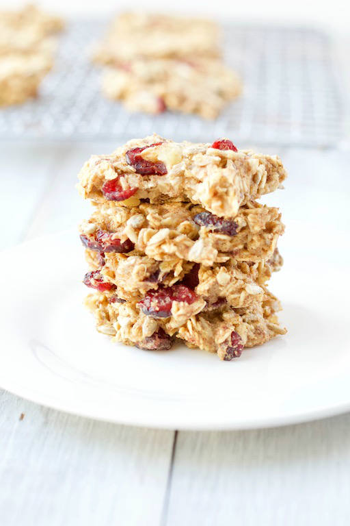 Having dessert for breakfast is possible with these delicious and healthy breakfast cookies made with whole grain oats, mashed potatoes, dried fruits, and seeds | #AD | @sinfulnutrition | #sinfulnutrition | #breakfastcookie | #veganrecipe | #glutenfree | #vegetarian | #healthybreakfast