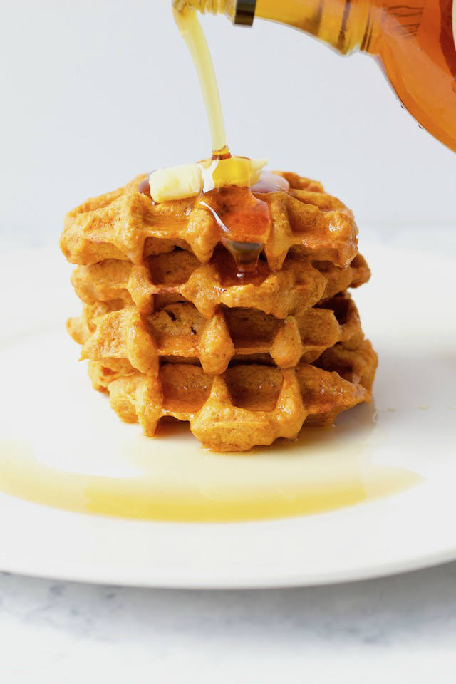 These two ingredient sweet potato waffles are a quick and easy recipe that comes together in less than 15 minutes! A gluten-free and healthy breakfast option for any day of the week | @sinfulnutrition #sinfulnutrition #sweetpotatowaffles #glutenfreewafflerecipe #paleowaffles